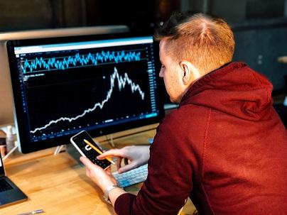 kraftiga rörelser på valutmarknaden